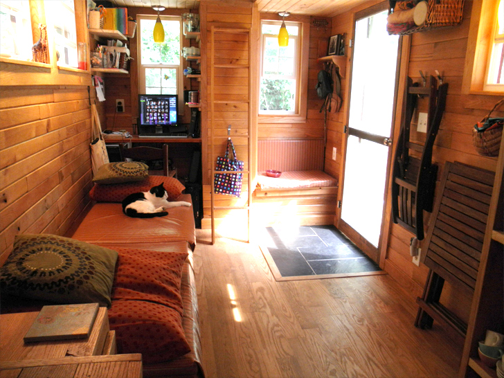 Tiny house famiglie d 39 italia for Tiny house for family of 4
