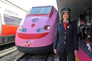 """presentazione del treno """"Frecciarosa, le donne viaggiano ad alta velocità"""""""